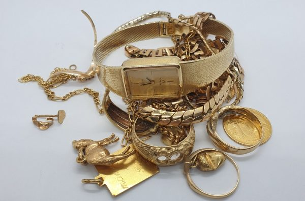 zlatni-nakit-slika